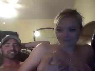 whaaaaaaaat after the party this cam couple makes pussy hammered