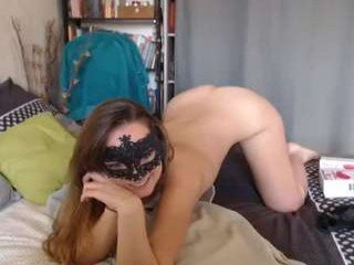 liaisonsdangereuses kinky cam babe sucking cock on the tape