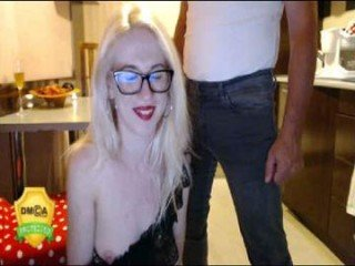 julyaandraul spanish cam babe wants her asshole humped on camera