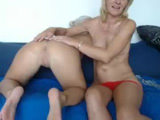 lindahotschot naked couple do the fuck and suck online