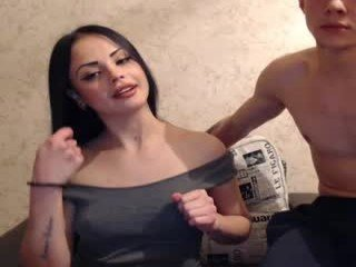 alexasweet6 beauty couple enjoys hot and sensual live sex