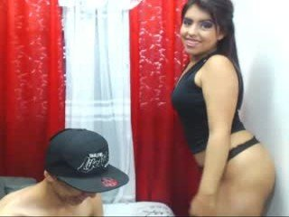 loveinred cam girl with tight ass makes blowjob
