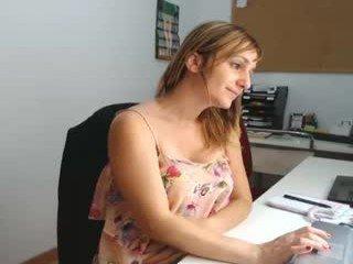 spanishcouple_ european cam girl loves pussy filled in office