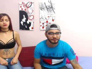 wake_and_bake latina cam girl likes to sit naked on camera